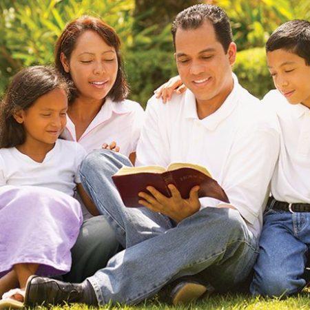 sg5-q6-family-bible-reading-1
