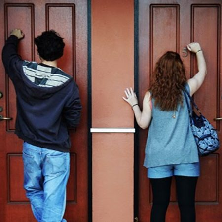 kids-knocking-on-doors