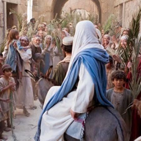 a-entrada-triunfal-de-jesus-1491850812